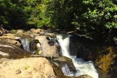 Bild-Panama-Landschaft-mit-Wasserfall-1